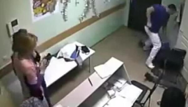 Игры в врача жестока в писю фото фото 679-104