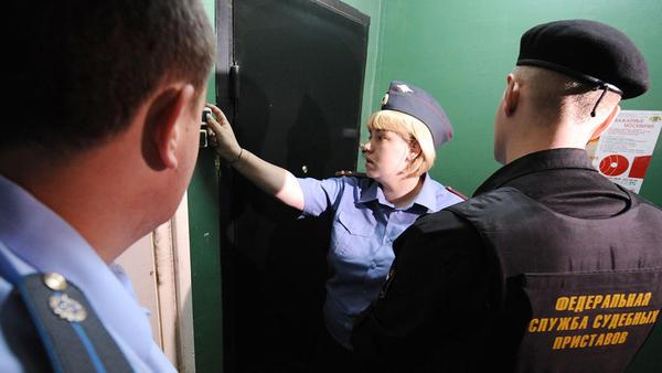 Наталенко долг за алименты