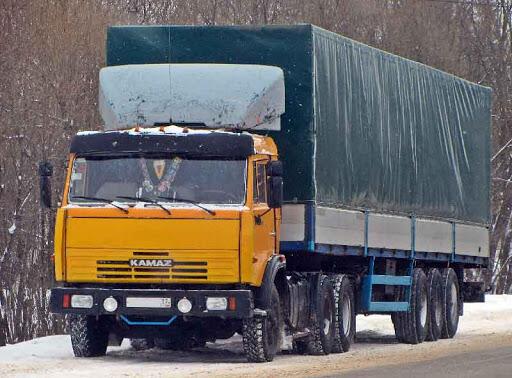 КамАЗ угольной компании в Новокузнецке насмерть сбил человека